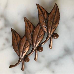 🔥 Vintage Copper Bell Trading Leaf Brooch